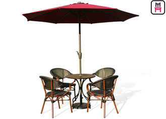 Backyard Patio Furniture Bulat / Square Outdoor Dining Table Dengan Textoline Garden Chairs