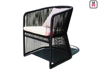 Aluminium Frame Outdoor Restaurant Tables, Black Rope Rotan Dining Chair Dengan Sandaran Tangan