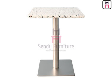 Cina 2cm Tebal Quartz Stone Restaurant Dining Table Dengan Basis Stainless Steel Chrome pabrik